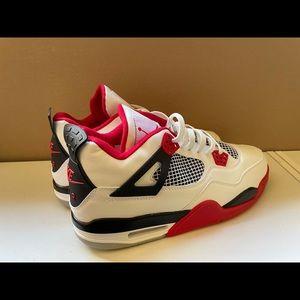 Jordan 4 Fire Red Size 12